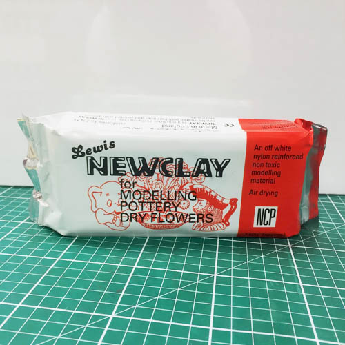 Newclay 1kg.