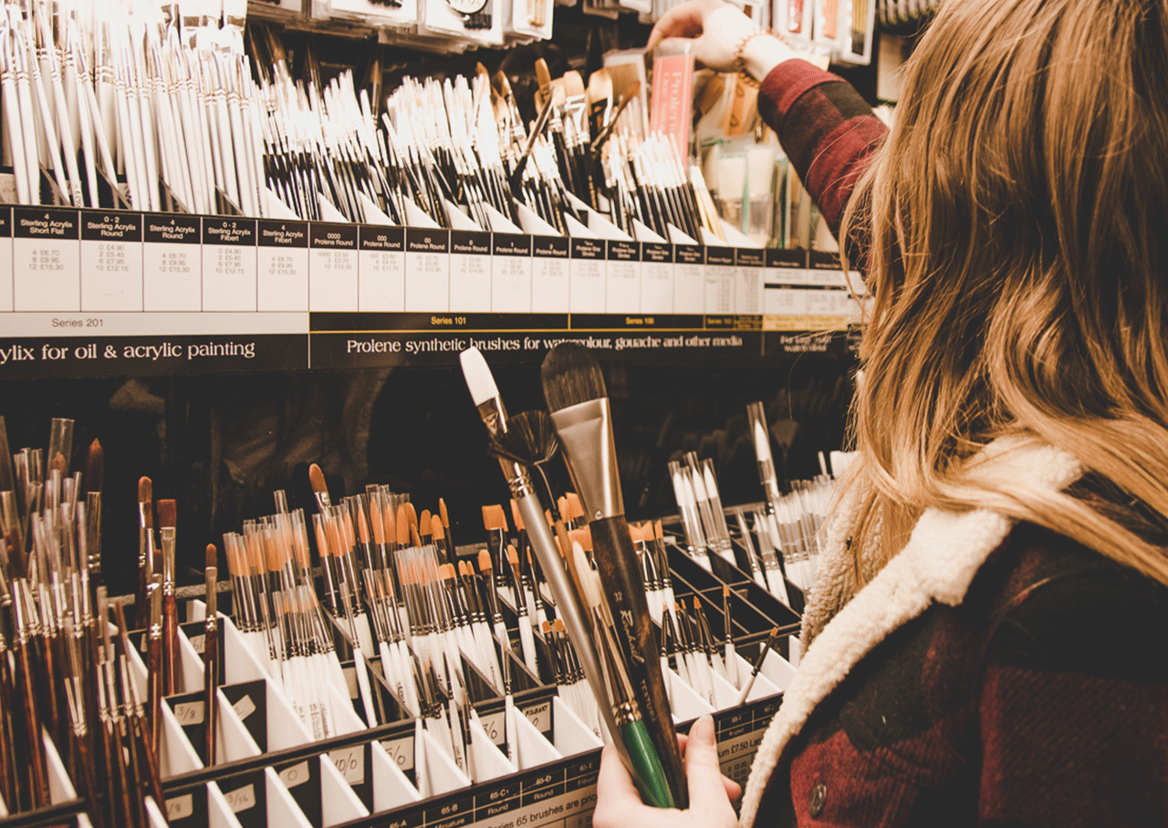 Selecting artists brushes at Broad Canvas